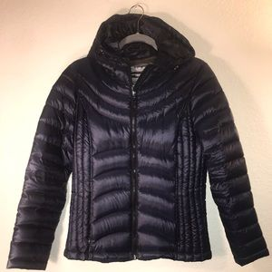 NWOT Andrew Marc Short Navy Down Puffer Jacket